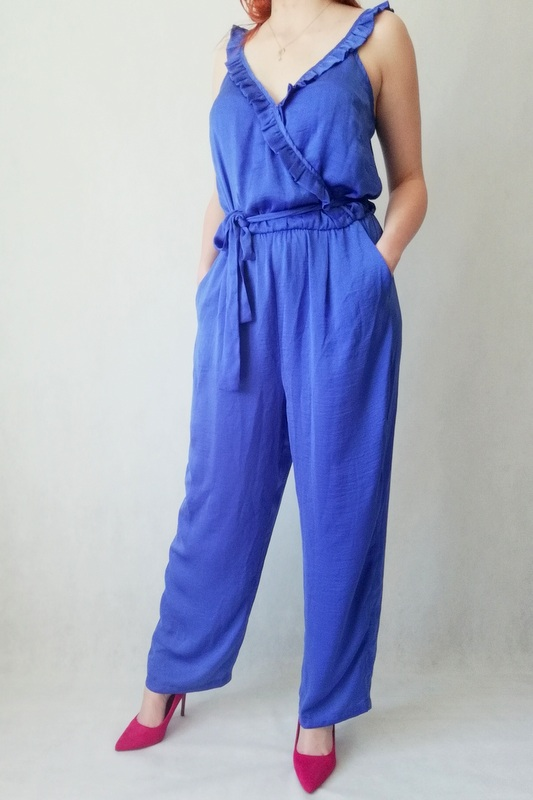 kombinezon niebieski z długą nogawką