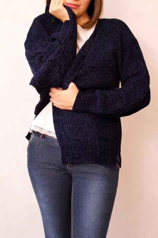 sweter granatowy dzianinowy ciepły